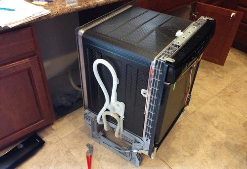 Подключение посудомоечной машины с доработкой коммуникаций в Королёве