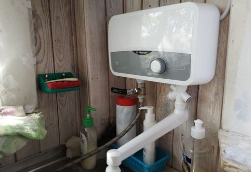 Подключение проточного водонагревателя в Королёве