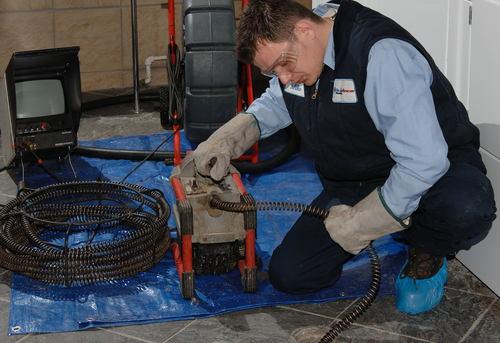 Прочистка канализационных труб в квартире в Королёве