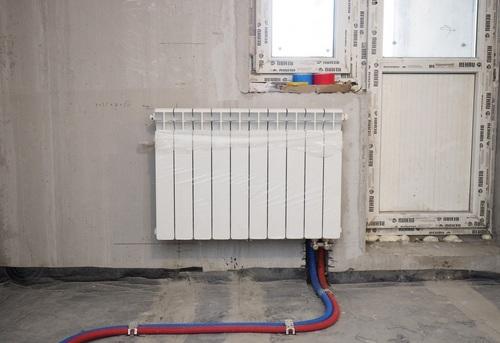 Установка биметаллического радиатора отопления в Королёве
