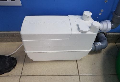 Установка канализационного насоса Grundfos в Королёве