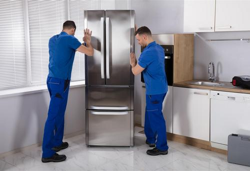 Установка отдельно стоящего холодильника в Королёве