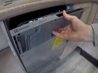 Монтаж встраиваемой посудомоечной машины