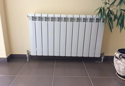 Замена алюминиевого радиатора отопления в Королёве
