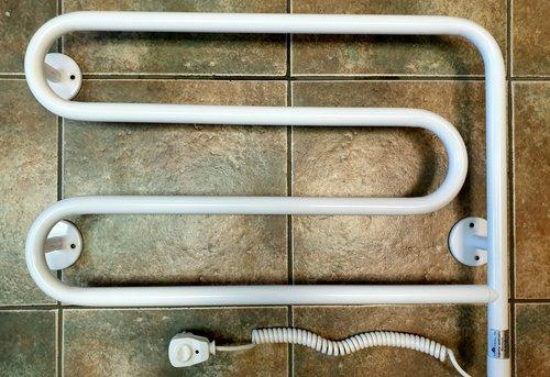 Замена электрического полотенцесушителя в Королёве